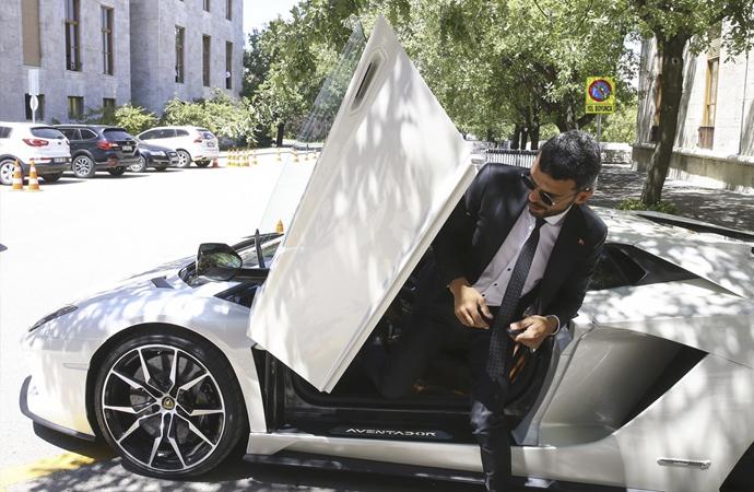 AKP milletvekilinin aracını satışı medyada gündem oldu