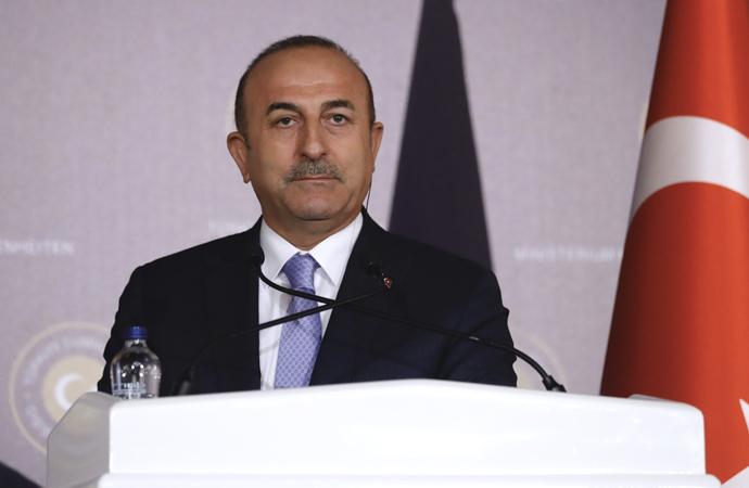 Çavuşoğlu: 'Kimse kimseyi kandırmasın'