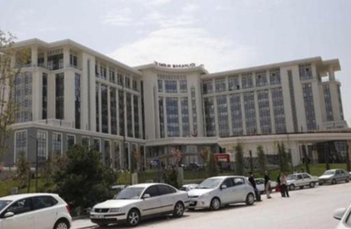 Sağlık Bakanlığı yeni hizmet binasına aylık 2.5 milyon ödüyor