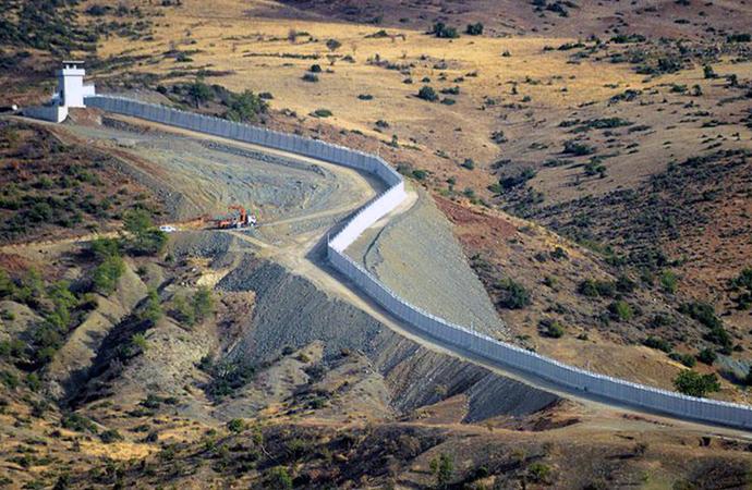 Türkiye-Suriye sınırına 564 kilometrelik duvar