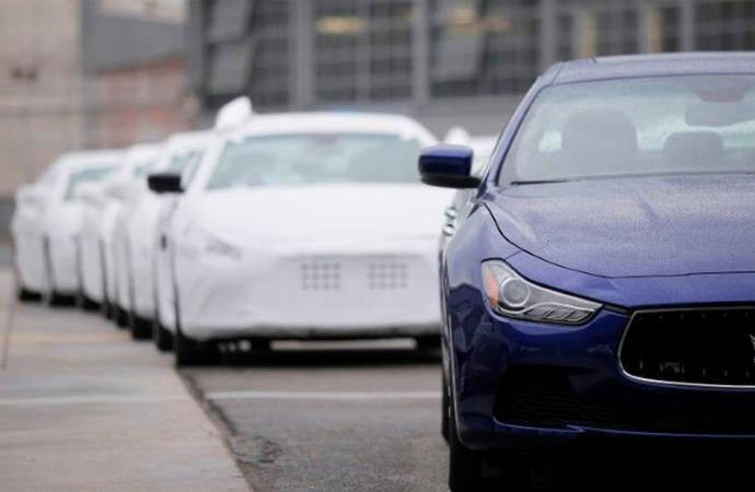 Yoksul ülkeye İtalya'dan 40 adet Maserati satışı