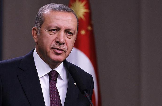 Erdoğan, 'Tayyipler Alemi' pankartı açan öğrencilerle görüştü