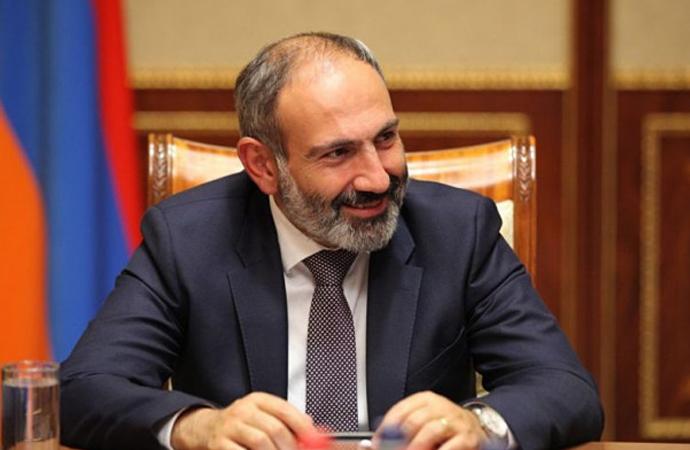 """Ermenistan başbakanı, """"Süreç bize istediğimizi verecek"""" diyerek istifa etti"""