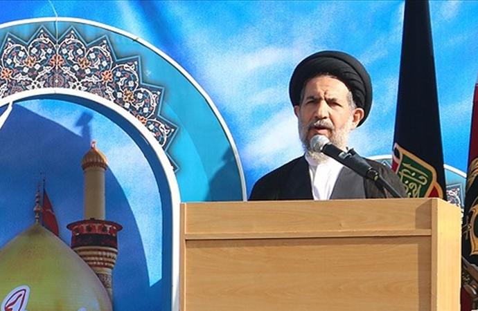 Tahran Cuma imamından hükümete suçlama