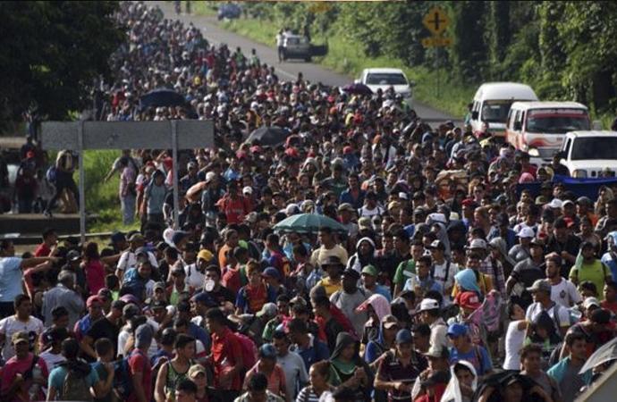 ABD Başkanı, göçmenleri askeri güç kullanmakla tehdit etti