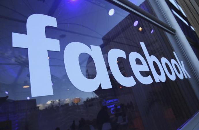 Facebook bir genç kızın açık artırmayla satılması için kullanılmış