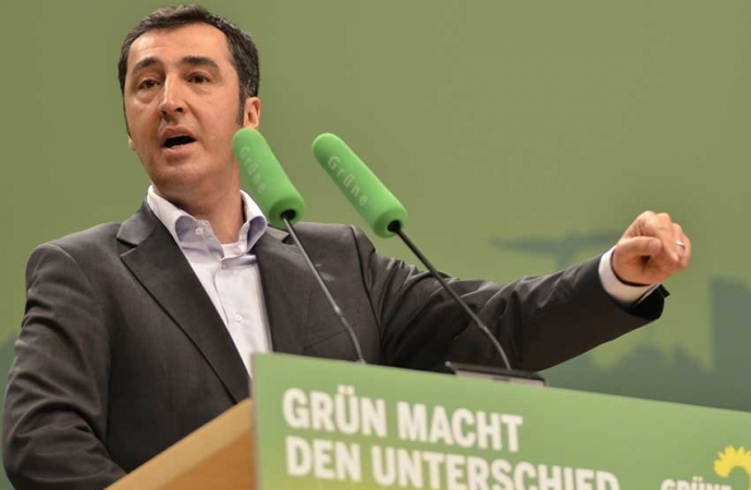 """Almanya'da İslam'ı """"Laikleştirme"""" çalışmaları"""