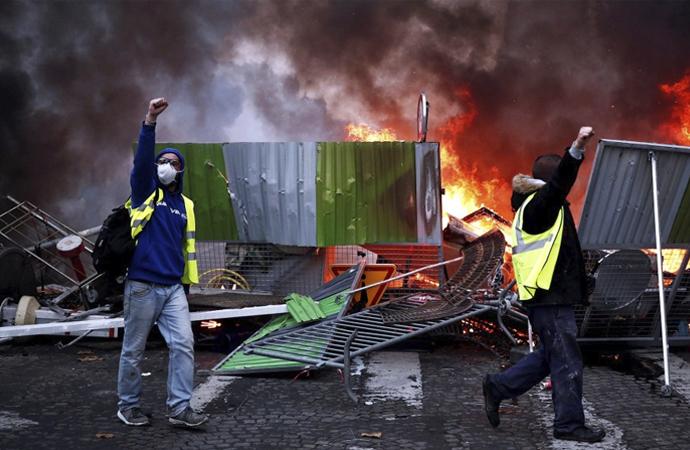 Protestoların arka planında ne var?
