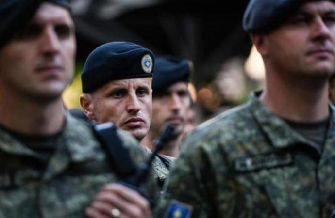 Kosova'nın 'ordu kurma' kararına Sırbistan'dan sert tepki