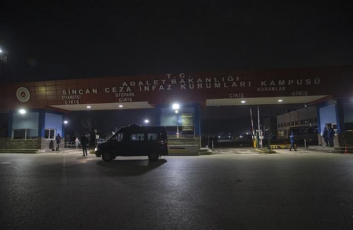 Sincan cezaevinde olaylar: 7 çocuk 14 gardiyan yaralı