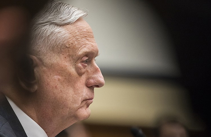 Savunma Bakanı Mattis, Başkan Trump ile 'gurur duyduğunu' söyledi
