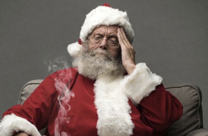 'Noel Baba gerçek değil' diyen öğretmen görevden uzaklaştırıldı