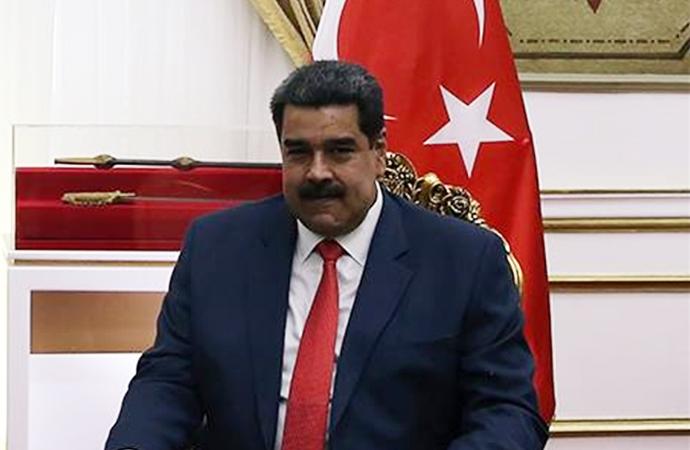 Erdoğan'dan Maduro'ya destek: 'Dik dur yanındayız'