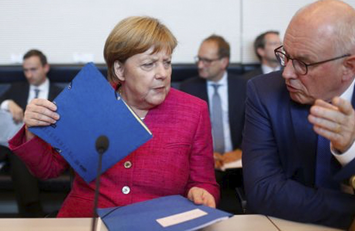'Almanya, Müslümanları dönüştürmeyi kafaya koymuş'