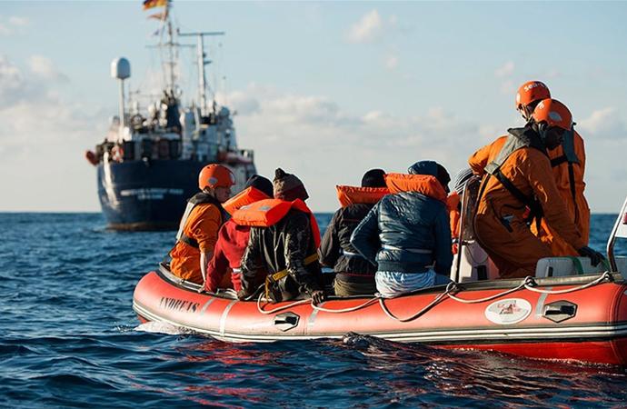Avrupa, 49 göçmen için 19 günde çözüm buldu