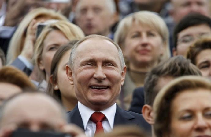 Ruslar 'Sovyetler'in çöküşü'nden utanç duyuyor