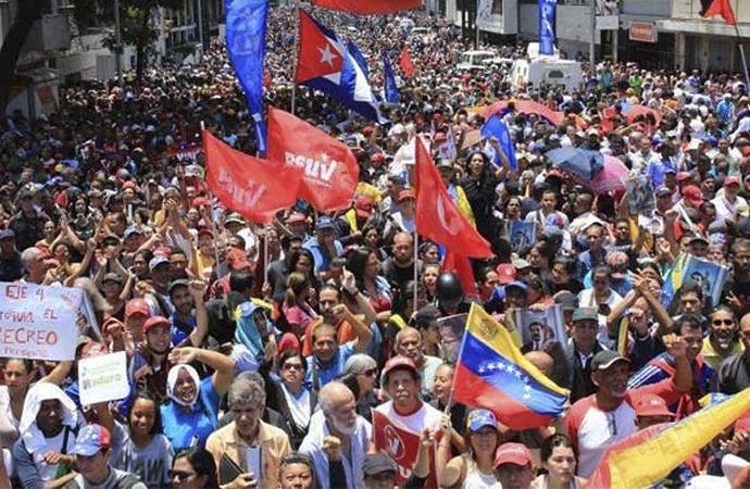 Venezuela'da hükümet ile muhalefeti arasında diyalog iddiası