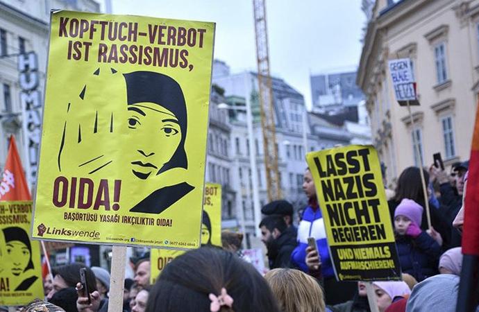 Avusturya'da 'yasak' sadece Müslümanlara