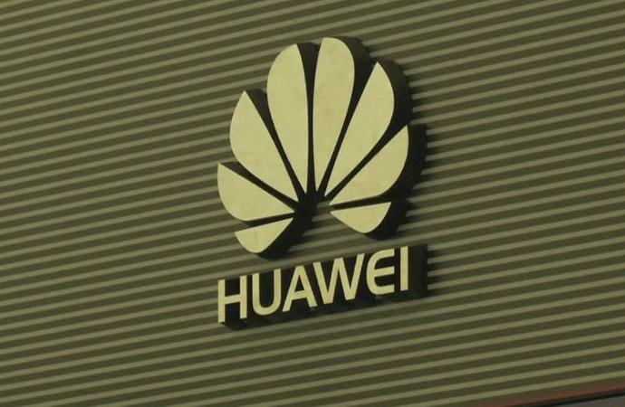 Huawei 'içeriden' mücadeleye başladı