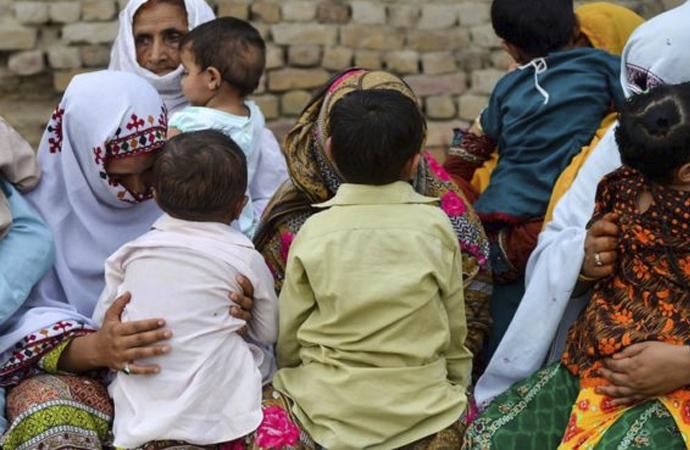Pakistan'da yüzlerce çocuğa neden HIV bulaştı?