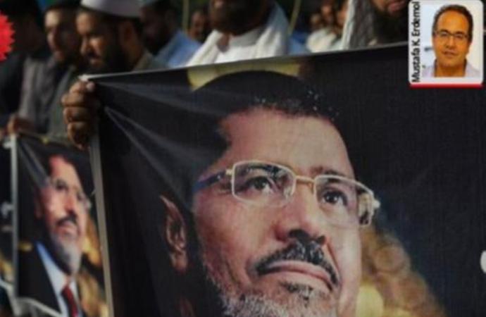 """Erdemol: """"Mursi asla 'demokrasi şehidi' değildir"""""""