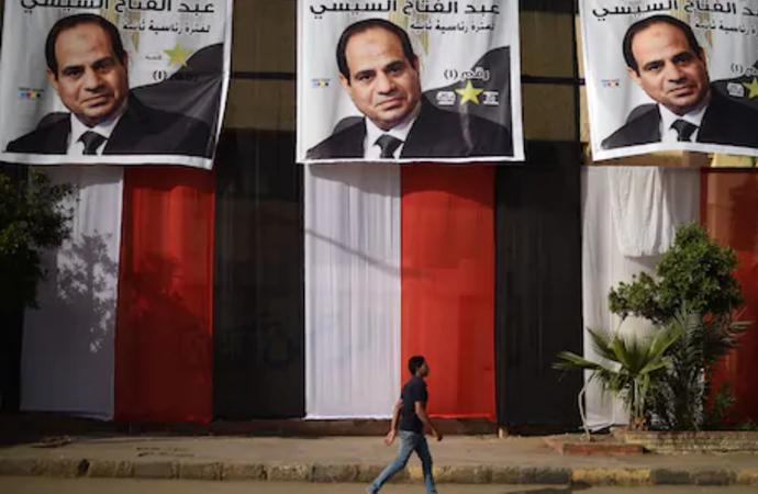 Mısır Cuntacıları Kendi Hendeklerini Kazıyorlar