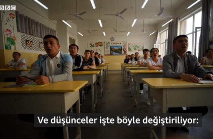 BBC muhabirleri Uygurların tutulduğu 'cezaevinde'