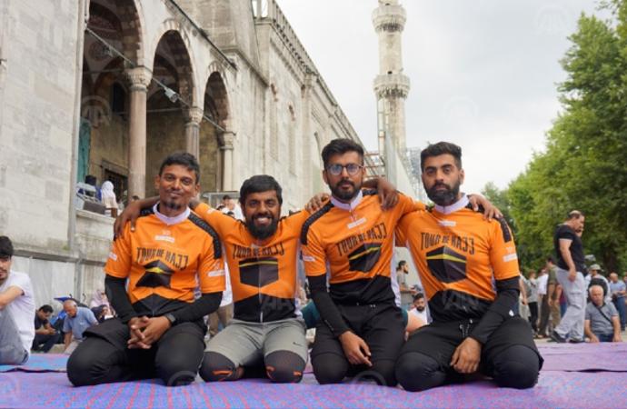 Bisikletle Medine'ye giden grup İstanbul'da