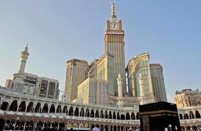 Arabistan'da yeni karar: Namaz vakitlerinde dükkanlar artık kapanmayacak!
