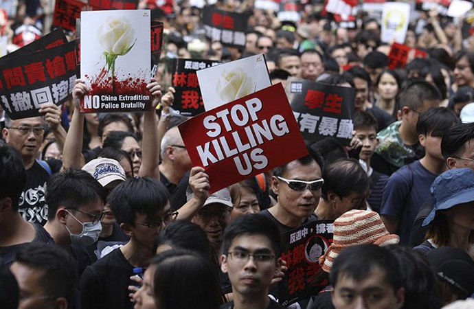 Çin'e yönetimin Hong Kong sınavı