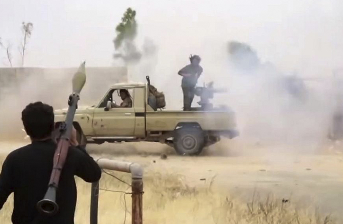 Libya'da Hafter güçleri hastane vurdu