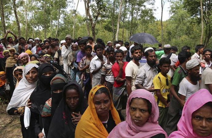 Myanmar heyeti ile Müslümanlar arasında görüşme