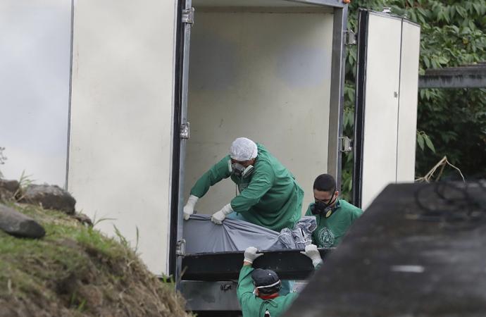 Brezilya'da mahkum çeteler arasında 5 saat çatışma: En az 57 kişi öldü