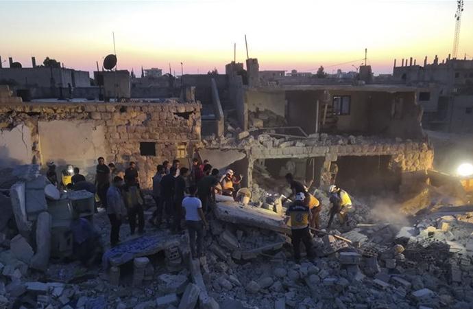 Esed ve Rusya'nın İdlib'e saldırıları devam ediyor