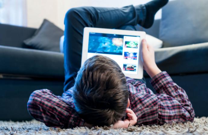 Youtube çocuk kanallarında 'istismar' sorunu