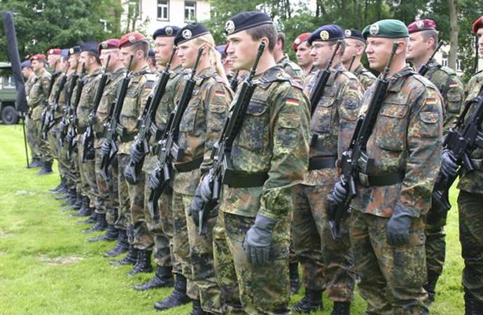 """Alman ordusunda adaylara """"radikallik"""" incelemesi"""