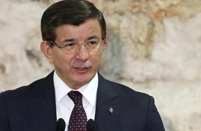 Ahmet Davutoğlu: 'Kimse ümmeti tekeline alamaz'