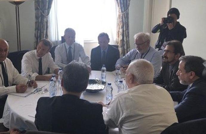 İran Dışişleri Bakanı Zarif'ten sürpriz G-7 ziyareti