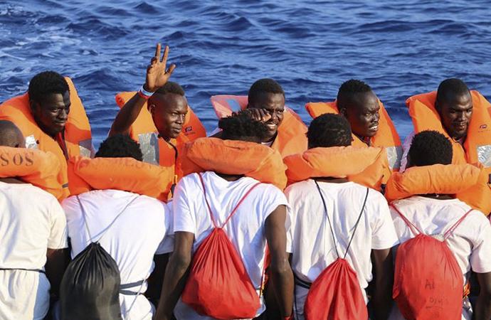 Göçmenleri, sivil toplum kuruluşları kurtarmaya devam ediyor
