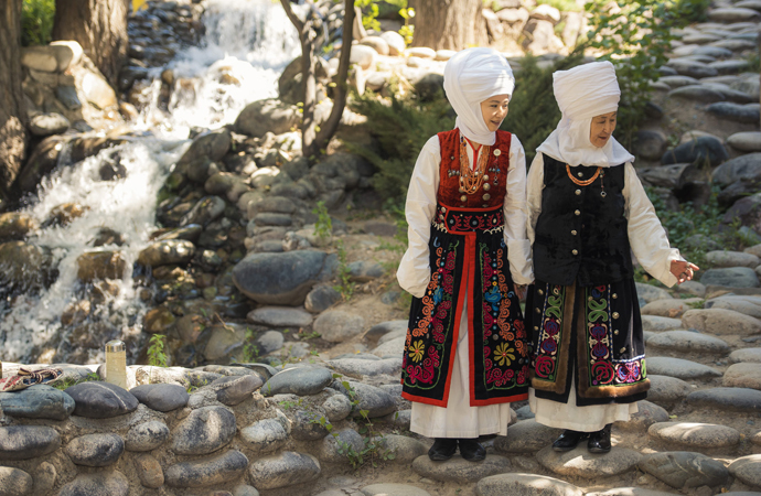 Kırgızların geleneksel başlığı: Eleçek
