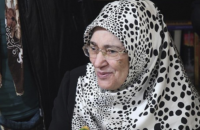 Huzur Sokağı romanı ile hafızalara kazınan Şule Yüksel Şenler vefat etti