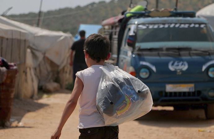 İdlib'de 750 bin kişi yerinden edildi