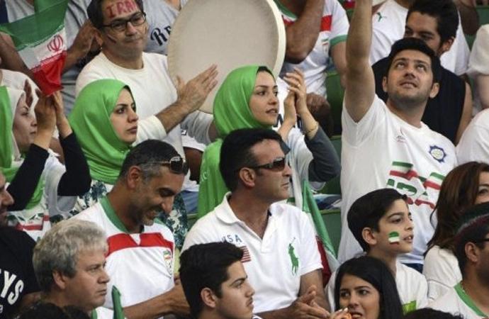 Kadınların stadyuma girip girmemesi FIFA'yı neden ilgilendirir?