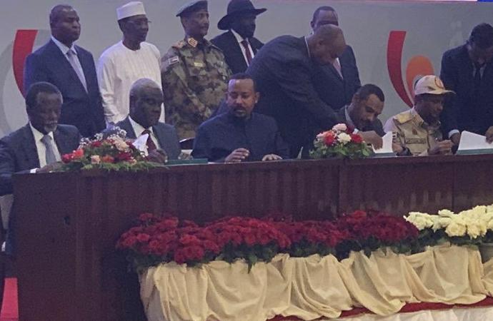 ABD ve Türkiye'den Sudan'a tebrik