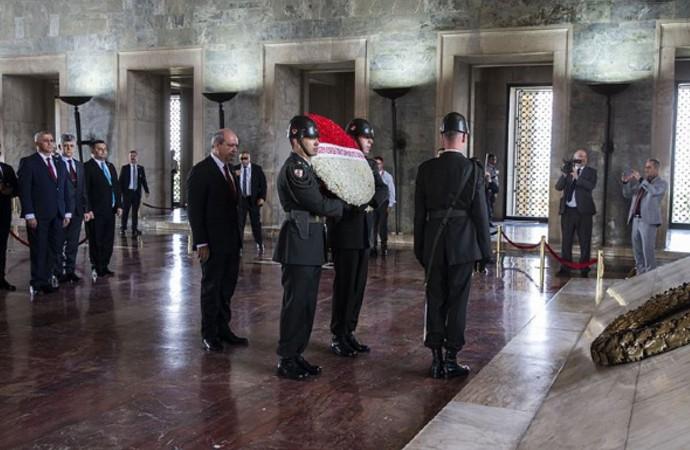 KKTC'nin yeni Başbakanı Anıtkabir'de