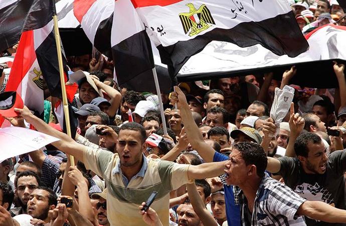 Tahrir meydanı yeniden ayakta