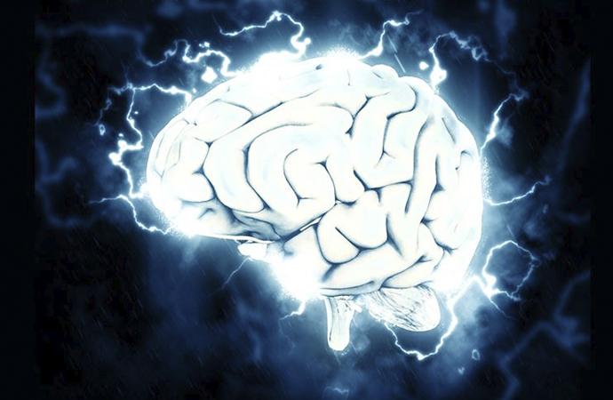 'Beynin hacklenmesi şu an için mümkün değil'