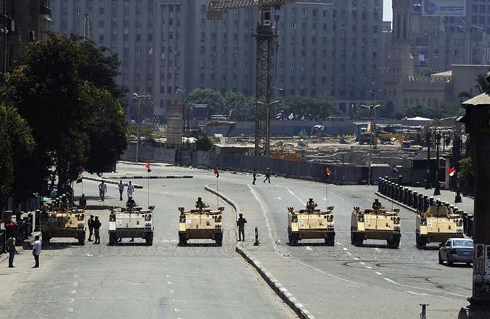 Sisi rejimi Mübarek dönemini aratıyor