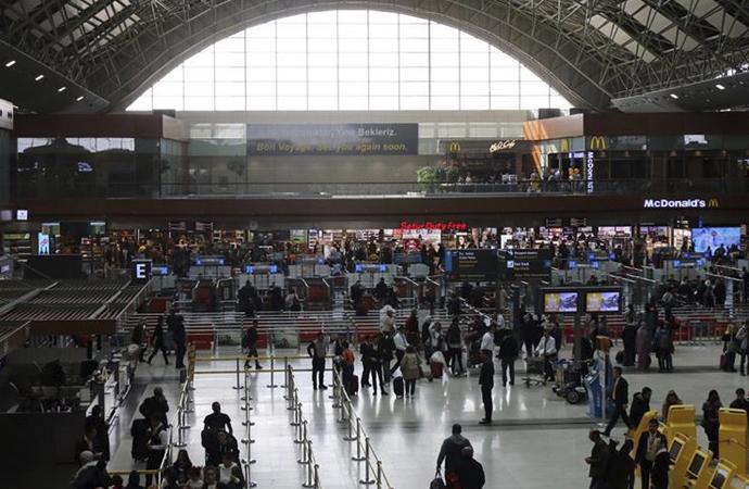 Havayolu yolcu sayısı 140 milyonu geçti