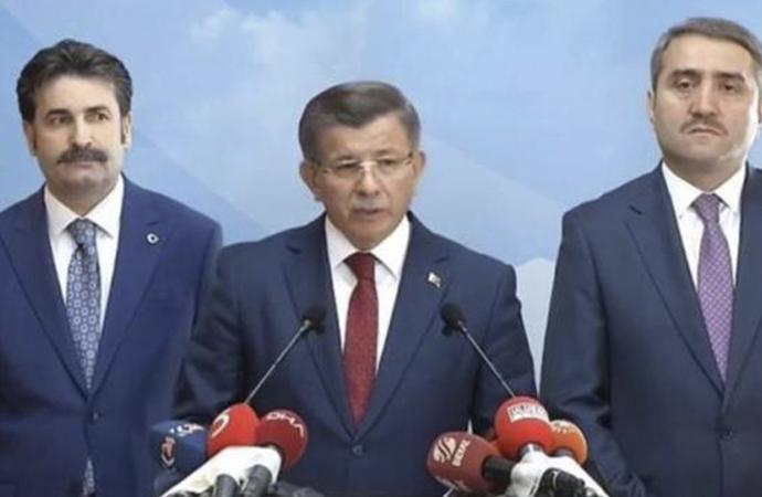 Ahmet Davutoğlu istifa kararını açıkladı